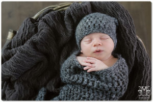 newborn baby boy by marriottphoto.com